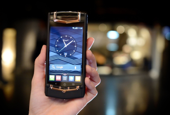 Vertu TI Luxury Smartphone Launched in India for Rs. 6,49,990